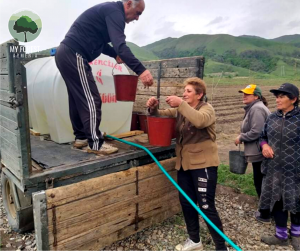 A 1.5 ton portable tank of water arrived in Gugark Nursery